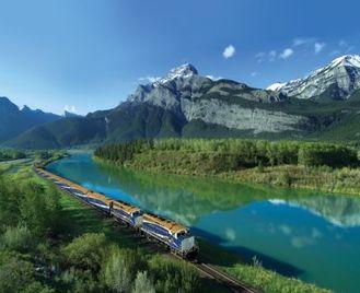 Rocky Mountaineer Coach & Rail Tour