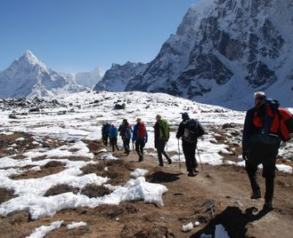 Everest the Hard Way Trek