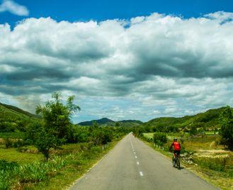 Cycle Saigon to Hanoi - Vietnam South to North