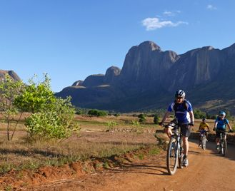 Cycle Madagascar - Highlands to the Coast