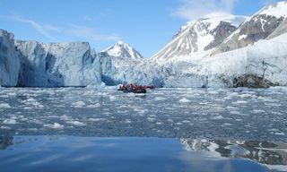 Wildlife watching cruise around Spitsbergen