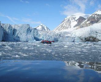Wildlife watching cruise around Spitsbergen