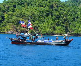 Myanmar (Burma) highlights & island cruise