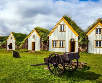 Iceland Full-Circle Escorted Tour