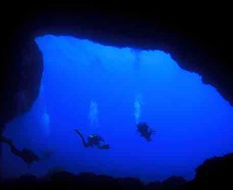 Malta & Gozo Diving: Wrecks & Caves