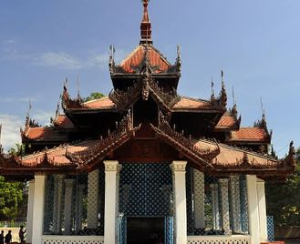 Burma: Temples, Rivers And Lakes