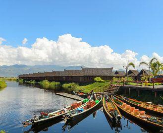 Burma: Mandalay And Inle Lake
