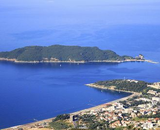 Montenegro: The Lakes Of Highlands