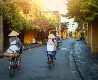 Vietnam: Discover Vietnam And Cambodia