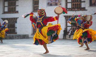 Bhutan: Discovery Trip With Bhutanese Festival