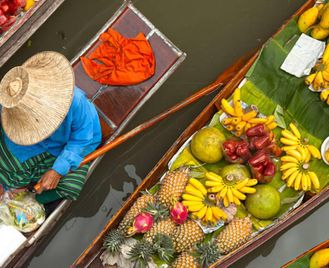 Vietnam: Hanoi, Ho Chi Minh And The Imperial City