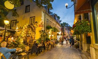 Canada: Marvelous Quebec And The National Parks