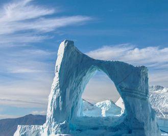 In Shackleton's Footsteps - M/V Greg Mortimer