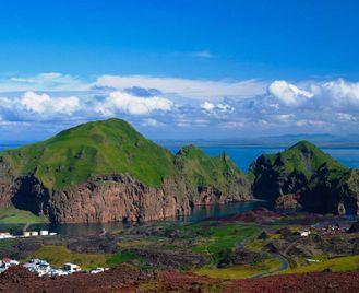 Iceland , Greenland And Eastern Canada - M/V Greg Mortimer