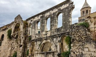 Cruise Croatia, Coast and Outer Islands: Split to Split