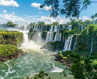 Signature Argentina: Patagonia, Lake District And Iguazú Falls