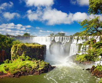 Signature Argentina And Brazil: Amazon, Pantanal And Iguazú Falls