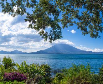 Signature Guatemala And Belize: Culture And Caribbean