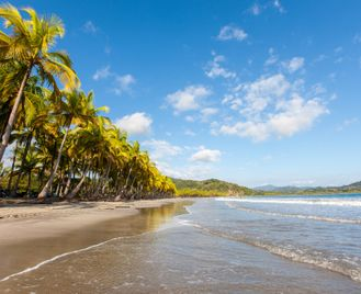 Explore And Relax In Costa Rica: Volcanoes To The Beach