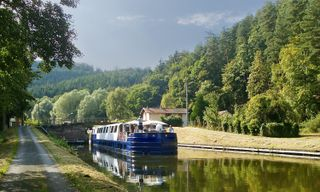 Burgundy Riverboat Cruise