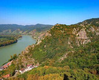Self-Guided Danube Cycling: Passau to Vienna
