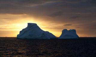 Antarctic Eclipse 2021 - On board the MV Hondius