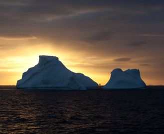 Antarctic Eclipse 2021 - On board the MV Hondius