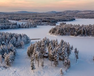 Luxury spa and wilderness break to Swedish Lapland