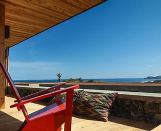 Romantic Retreat At Santa Barbara Eco-Beach