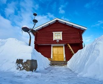 Lapland Guesthouse Break & Icehotel
