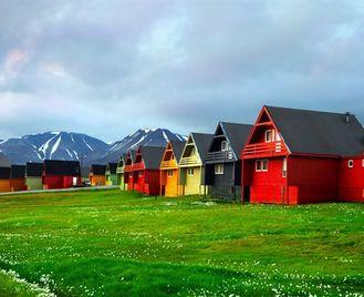 Spitsbergen Summer Break At The Funken Lodge