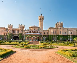 Luxury Train Tour of South India