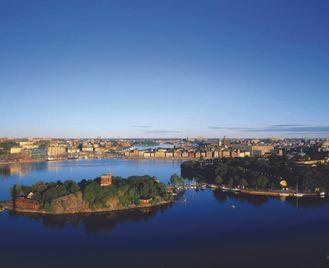 Copenhagen, Stockholm and Oslo by Public Transport