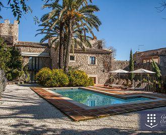 Stay at the Casa de Orellana Boutique Hotel in Trujillo