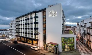 7 Nights at the Neat Avenida Hotel, Sao Miguel