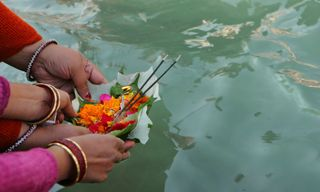 The Spirit of India - Yoga, Meditation, Himalayas and the Holy Ganges