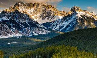 Winter Escapades - Canadian Rockies Winter Train