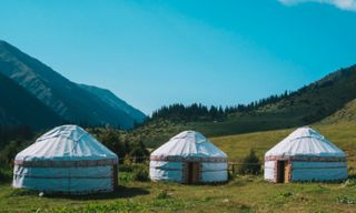 Kyrgyzstan: Tian Shan Mountains Wild Adventure